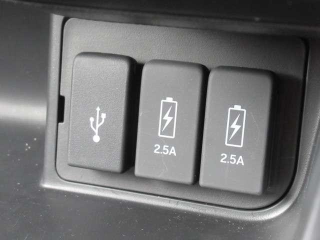 G・Lターボホンダセンシング ワンオーナー禁煙車 キーフリー ワンオーナ ESC 禁煙 LEDヘッド ターボ車 バックカメ メモリナビ 地デジ ナビTV クルコン ETC スマートキー アルミ ベンチシート アイドリングストップ(11枚目)