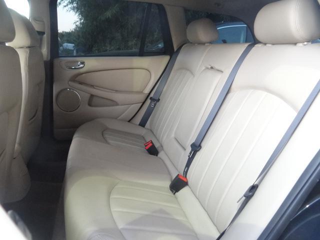 ジャガー ジャガー Xタイプ 2.0 V6エステート  レオンハルト19AW ローダウン