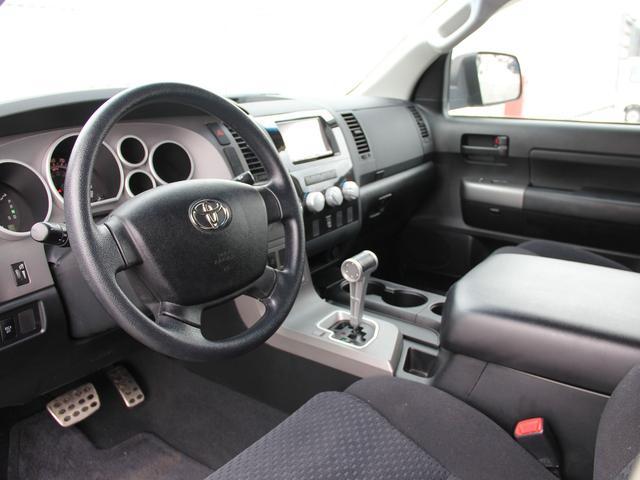 米国トヨタ タンドラ クルーマックス 4WD TRDロックウォーリア 新車並行