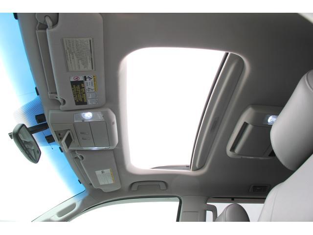 プラチナム 4WD 5.7L 新車並行 ワンオーナー(9枚目)