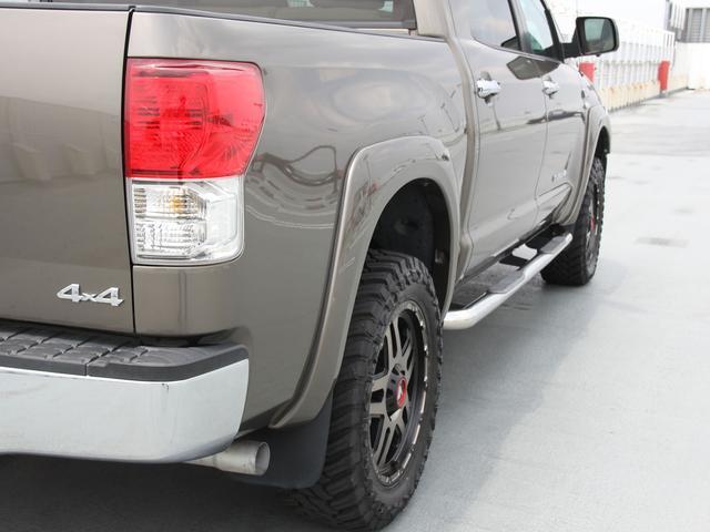 クルーマックス 4WD V8-5.7L 新車並行車(17枚目)