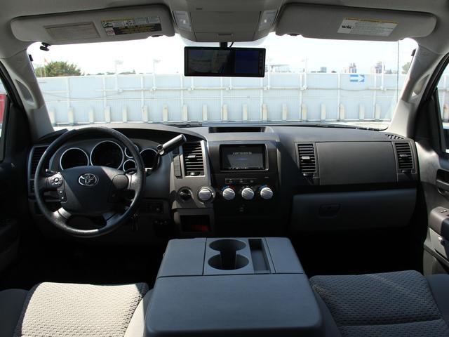 クルーマックス タンドラG 4WD 新車並行車(5枚目)
