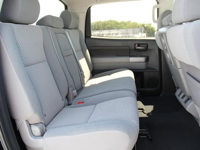クルーマックス タンドラG 4WD 新車並行車(8枚目)