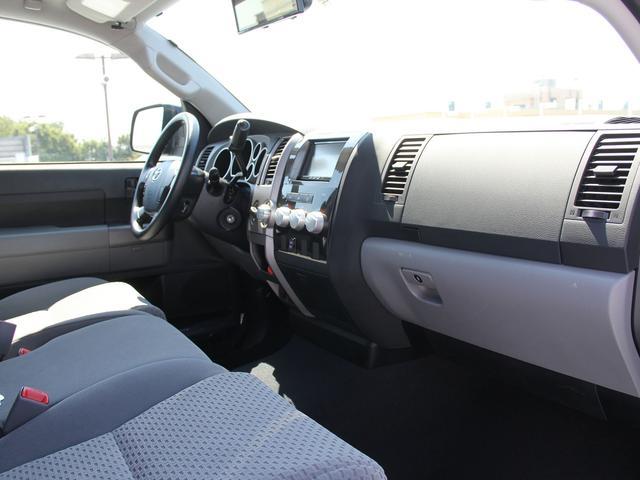 クルーマックス タンドラG 4WD 新車並行車(17枚目)