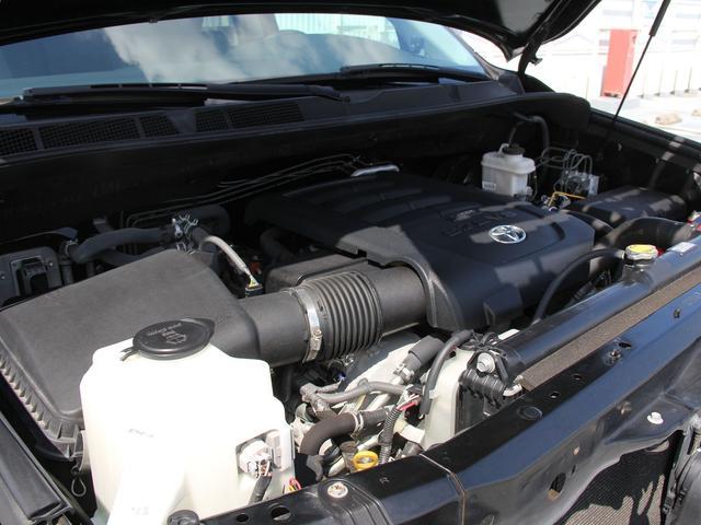 SR5 4WD 新車並行車 本革 サンルーフ(20枚目)