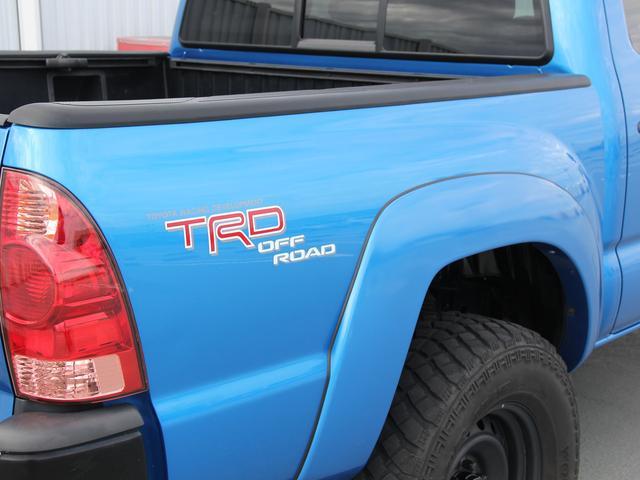 ダブルキャブ TRDオフロード 4WD 実 走行証明車(9枚目)