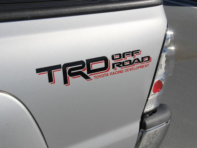 ダブルキャブ TRDオフロード 4WD 新車並行(15枚目)