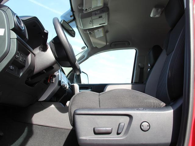 「その他」「タンドラ」「SUV・クロカン」「東京都」の中古車33
