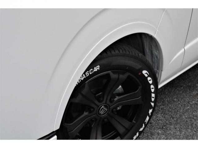 GL フレックスオリジナル内装架装Ver1木目柄フロア床張りフルセグ7インチナビフリップダウンモニターHDMIソケットUSB充電ソケットシートカバーローダウンアルミホイールグッドイヤーナスカータイヤ(12枚目)