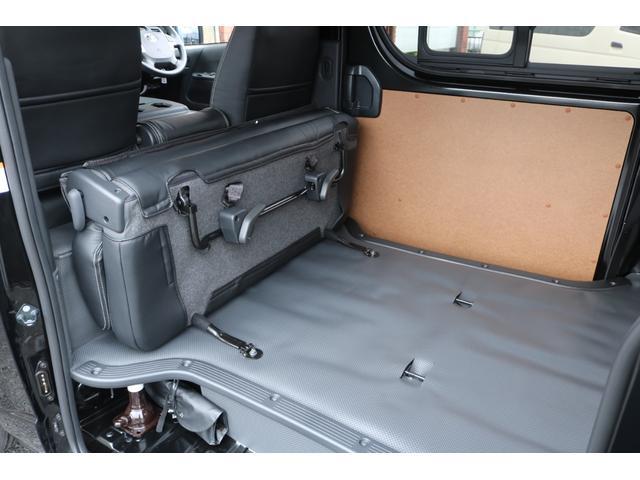 DX GLパッケージ クリーンディーゼル2WDブラックコンプリートシリーズFLEXアルミホイールナスカータイヤパナソニック製フルセグナビビルトインETCインナーブラックライトマッドブラックカスタムLEDテールランプ(37枚目)