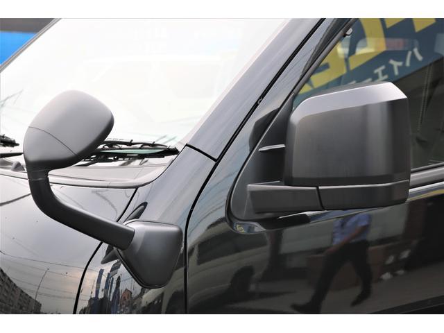 DX GLパッケージ クリーンディーゼル2WDブラックコンプリートシリーズFLEXアルミホイールナスカータイヤパナソニック製フルセグナビビルトインETCインナーブラックライトマッドブラックカスタムLEDテールランプ(44枚目)