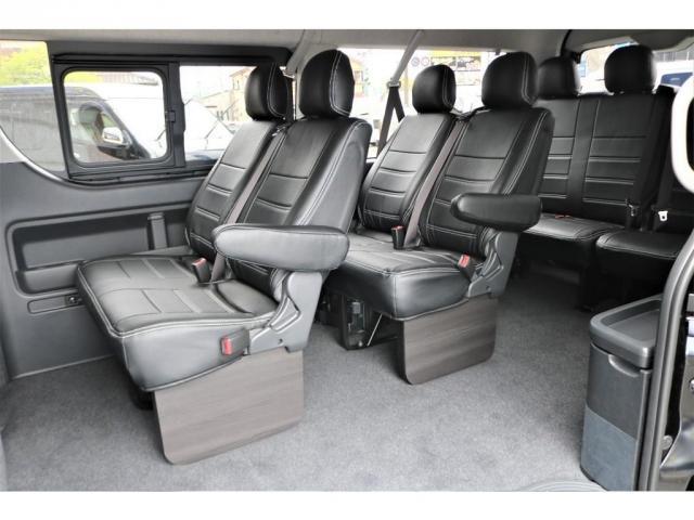 GL ロング 新車ハイエースワゴンGLブラックスシーリーズアルパインフルセグ11インチSDナビHDMIソケットミラーリングDELF01アルミホイールGOODYEARナスカータイヤ18インチオリジナルシートカバー(9枚目)