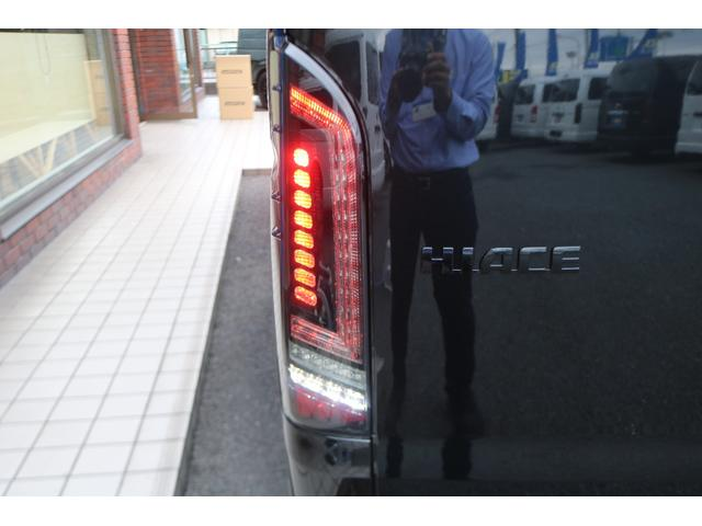 GL ロング 新車ハイエースワゴンGLブラックスシーリーズアルパインフルセグ11インチSDナビHDMIソケットミラーリングDELF01アルミホイールGOODYEARナスカータイヤ18インチオリジナルシートカバー(28枚目)