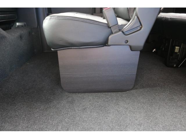 GL ロング 新車ハイエースワゴンGLブラックスシーリーズアルパインフルセグ11インチSDナビHDMIソケットミラーリングDELF01アルミホイールGOODYEARナスカータイヤ18インチオリジナルシートカバー(36枚目)