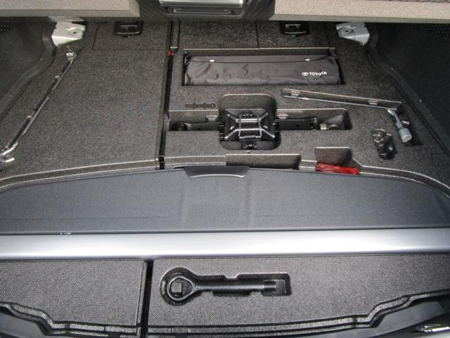 Aツーリングセレクション SDナビ フルセグ バックカメラ 記録簿付き 革シート LEDヘッドライト クリアランスソナー スマートキー アルミホイール(12枚目)