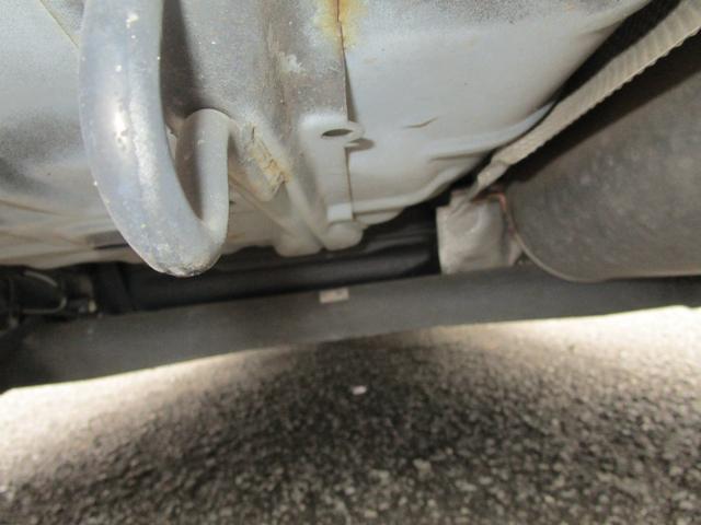 13C キーレス 記録簿付き 禁煙車 CD再生 エアコン パワーウィンドウ パワーステアリング Wエアバッグ ABS(14枚目)
