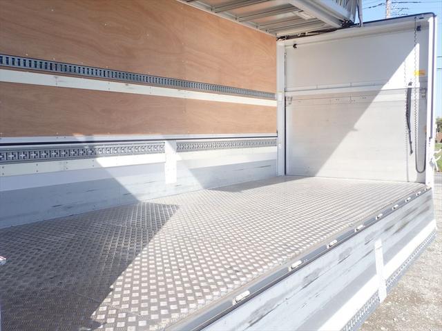 日野 ウイング車 ゲート付 6MT(12枚目)