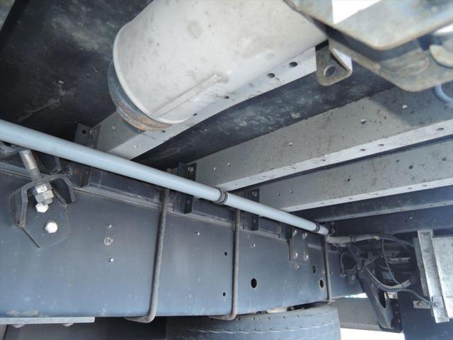 川崎本社に隣接する整備工場になります。お問い合わせは0066-9708-3863まで!!