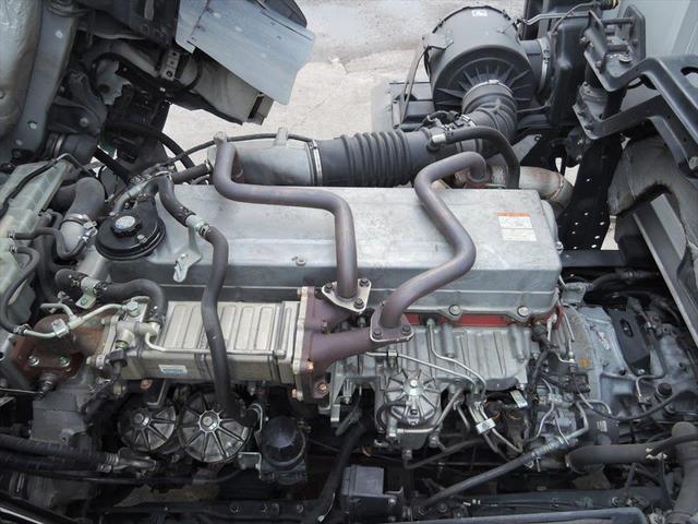 ヨシノ自動車は、創業より60年、独立系のトラックディーラーの強みを活かし、あらゆるメーカーのトラックを適正価格にてご利用いただけるサービスをご提供してまいりました。