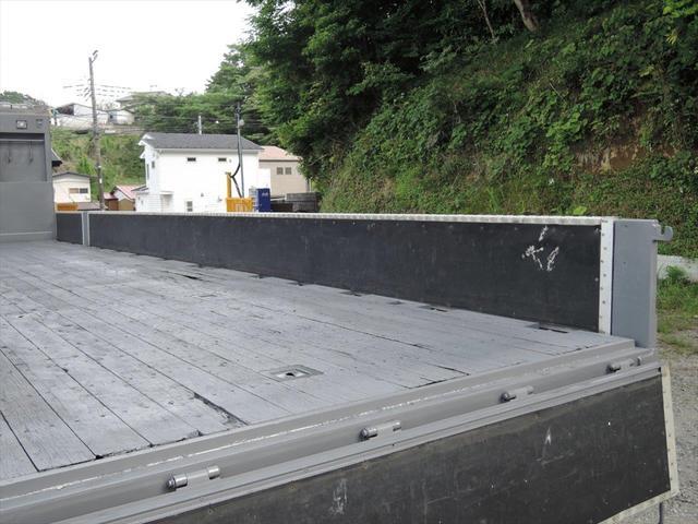 いすゞ 大型アルミ平ボデー(11枚目)