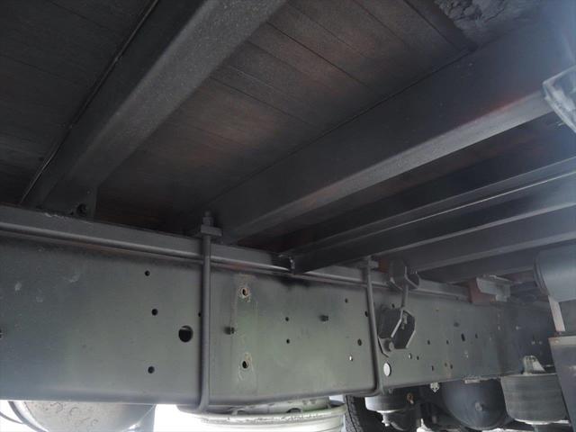 いすゞ 大型アルミ平ボデー(19枚目)
