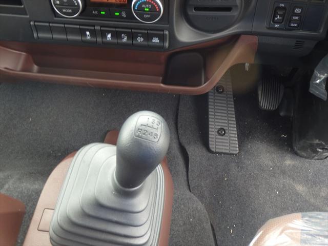 中古トラックでもローン、リースを組むことができます。お客様のご利用状況に合わせて最適な購入方法をご提案させていただきます。お気軽にご相談ください。
