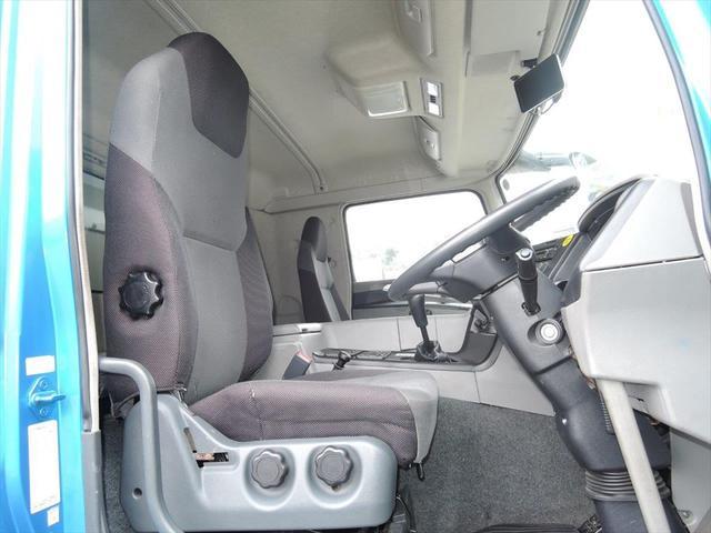 ボルボ・トラックをはじめとしたトラックの整備・保守・点検にも力を入れています。弊社で購入されたトラックについてはもちろん、他社様で購入されたトラックの整備についてもお気軽にご相談ください。