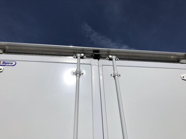 日野 3.45t ワイドロング 冷凍車(10枚目)