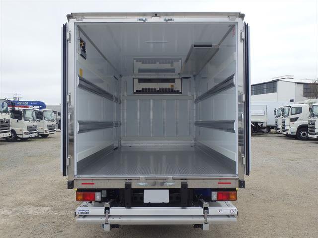 日野 3.45t ワイドロング 冷凍車(13枚目)