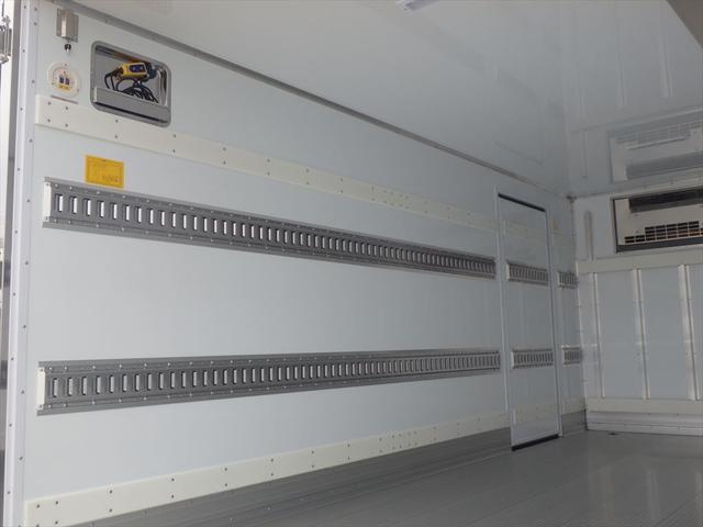 日野 3.45t ワイドロング 冷凍車(15枚目)