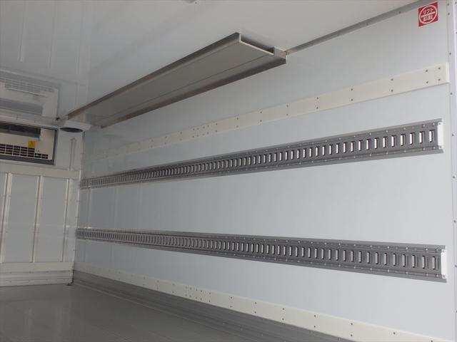 日野 3.45t ワイドロング 冷凍車(16枚目)