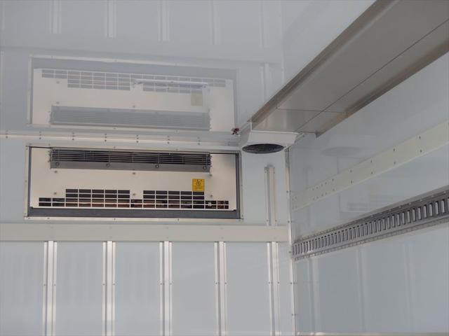 日野 3.45t ワイドロング 冷凍車(17枚目)