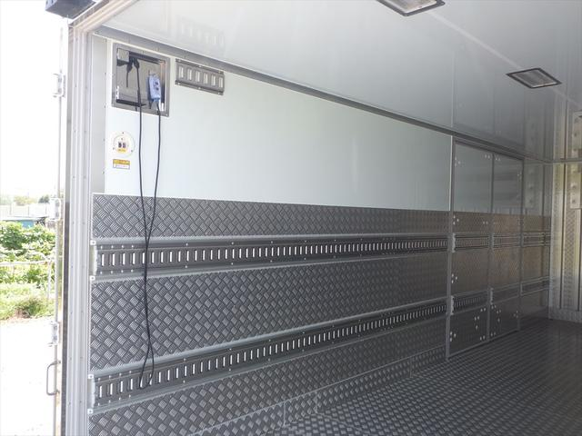 日野 中型冷凍車(9枚目)