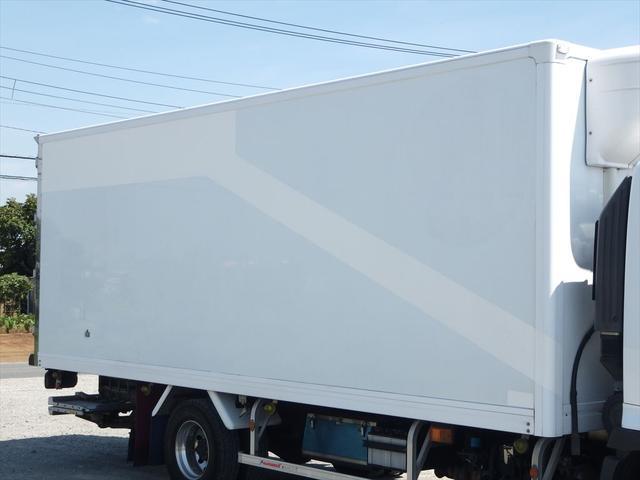 日野 中型冷凍車(7枚目)