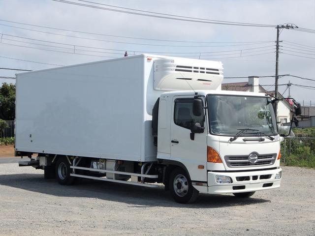 日野 中型冷凍車(3枚目)