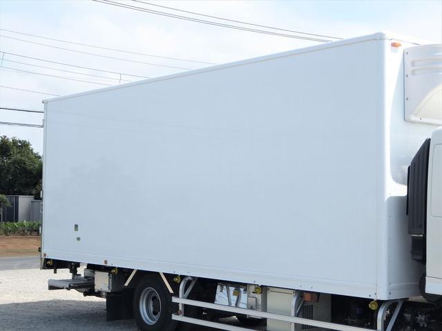 日野 中型冷凍車(6枚目)
