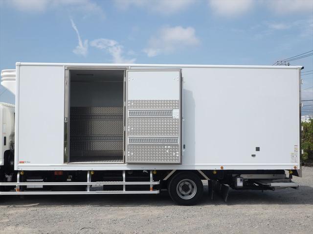 日野 中型冷凍車(12枚目)