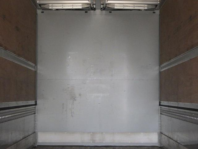 いすゞ 大型アルミウイング(8枚目)