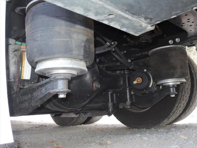 ヨシノ自動車では、トラックの販売だけでなく、レンタルトラック事業も行っております。様々なニーズにご対応する事が可能ですので是非一度ご検討下さい。
