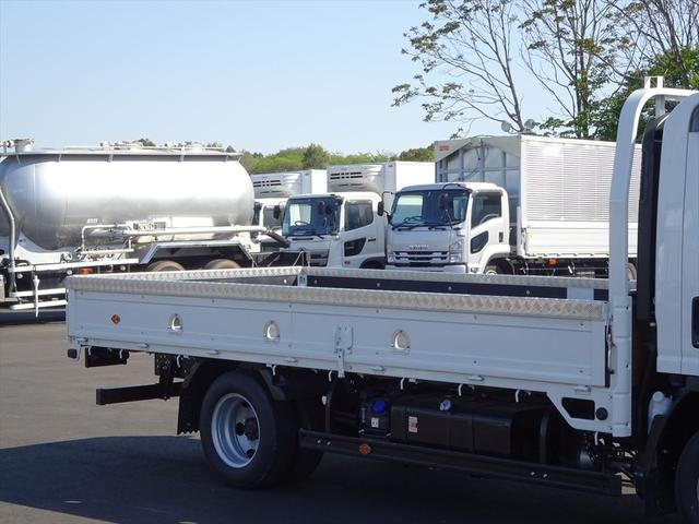 日本全国どこへでも納車いたしますよ(^o^)/北海道、沖縄のお客様もお気軽にご相談ください。もちろん店頭でのお渡しも行っております!!お問い合わせは0066-9708-3863まで!!