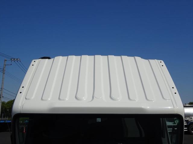 メーカーに関わらずお客様の条件に合ったトラックをお探しし適性価格でご提供する事を得意としています。サイズも軽、1t、2tの小型トラックから、4tの中型トラック、10t以上の大型トラックまで幅広くご用意