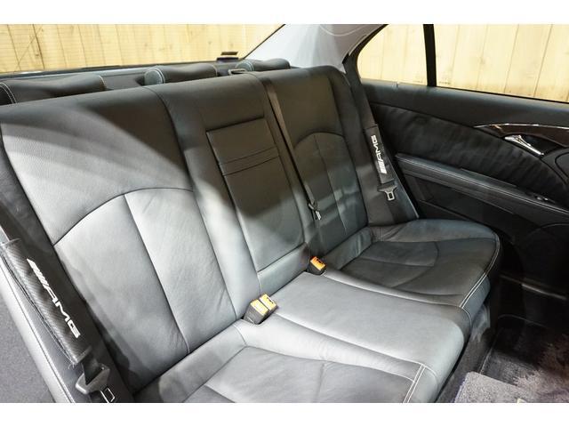 メルセデス・ベンツ M・ベンツ E300 アバンギャルドS 黒革 純正18AW HID