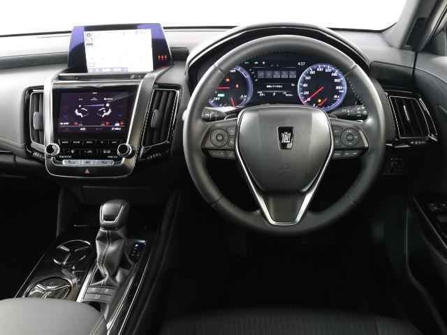S Cパッケージ トヨタセーフティセンス(衝突回避システム)TSS+ICS搭載・SDナビゲーション・Bモニター・ETC・スマートキー・純正ドライブレコーダー・レーダークルーズコントロール機能・記録簿・ワンオーナー車(6枚目)