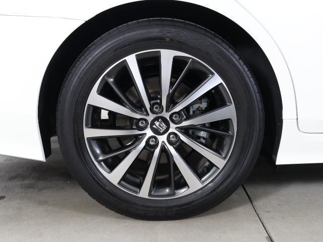S Cパッケージ トヨタセーフティセンス(衝突回避システム)TSS+ICS搭載・SDナビゲーション・Bモニター・ETC・スマートキー・純正ドライブレコーダー・レーダークルーズコントロール機能・記録簿・ワンオーナー車(18枚目)