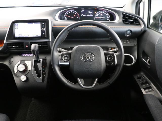 G 7人乗・ガソリン車・9,400km・トヨタセーフティセンス(衝突回避システム)TSS搭載・純正SDナビ・Bモニター・ETC・両側電動スライドドア・スマートキー・記録簿・トヨタロングラン保証付き(4枚目)