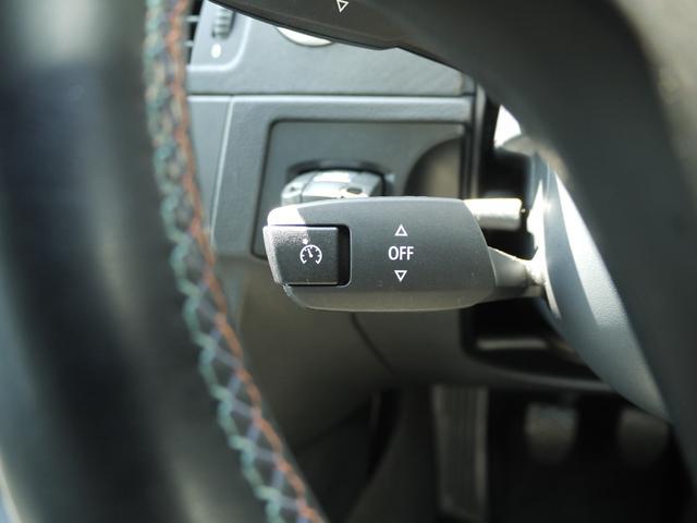 M3クーペ 6MT ブラックレザーシート シートヒーター クルーズコントロール ETC パワーモード カーボンルーフ 18AW パワーシート リア電動ブラインド 純正ナビ CD MD AUX オートライト(12枚目)