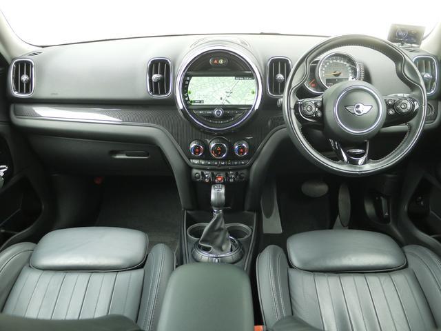 クーパーSD クロスオーバー オール4 ブラックレザーシート アクティブクルーズコントロール ドライブアシスト パワーゲート ペッパーPKG  ユアーズPKG ミラーETC パワーシート 4WD 19AW ルーフBOX LEDヘッドライト(5枚目)