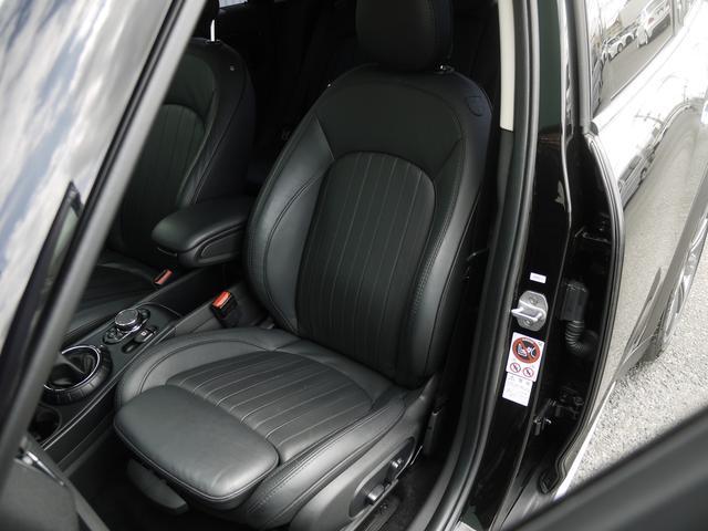 クーパーSD クロスオーバー オール4 ブラックレザーシート アクティブクルーズコントロール ドライブアシスト パワーゲート ペッパーPKG  ユアーズPKG ミラーETC パワーシート 4WD 19AW ルーフBOX LEDヘッドライト(7枚目)
