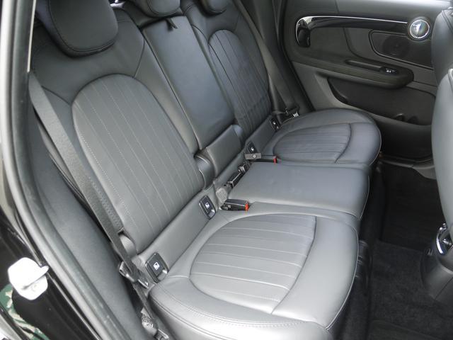 クーパーSD クロスオーバー オール4 ブラックレザーシート アクティブクルーズコントロール ドライブアシスト パワーゲート ペッパーPKG  ユアーズPKG ミラーETC パワーシート 4WD 19AW ルーフBOX LEDヘッドライト(8枚目)