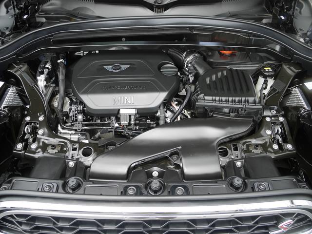 クーパーSD クロスオーバー オール4 ブラックレザーシート アクティブクルーズコントロール ドライブアシスト パワーゲート ペッパーPKG  ユアーズPKG ミラーETC パワーシート 4WD 19AW ルーフBOX LEDヘッドライト(17枚目)